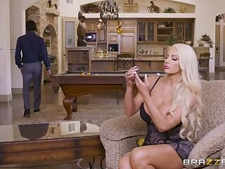 He Makes Wifey Wait for - BrazzersNetwork