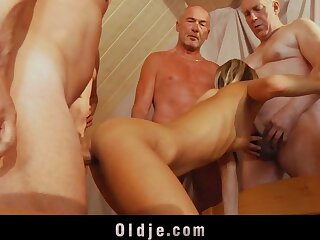 6 elderly dicks are steadfast going to bed a young nuisance overlapped down pussy